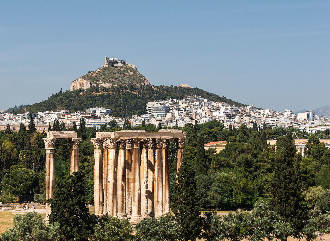 Design Milk Travels to… Athens, Greece