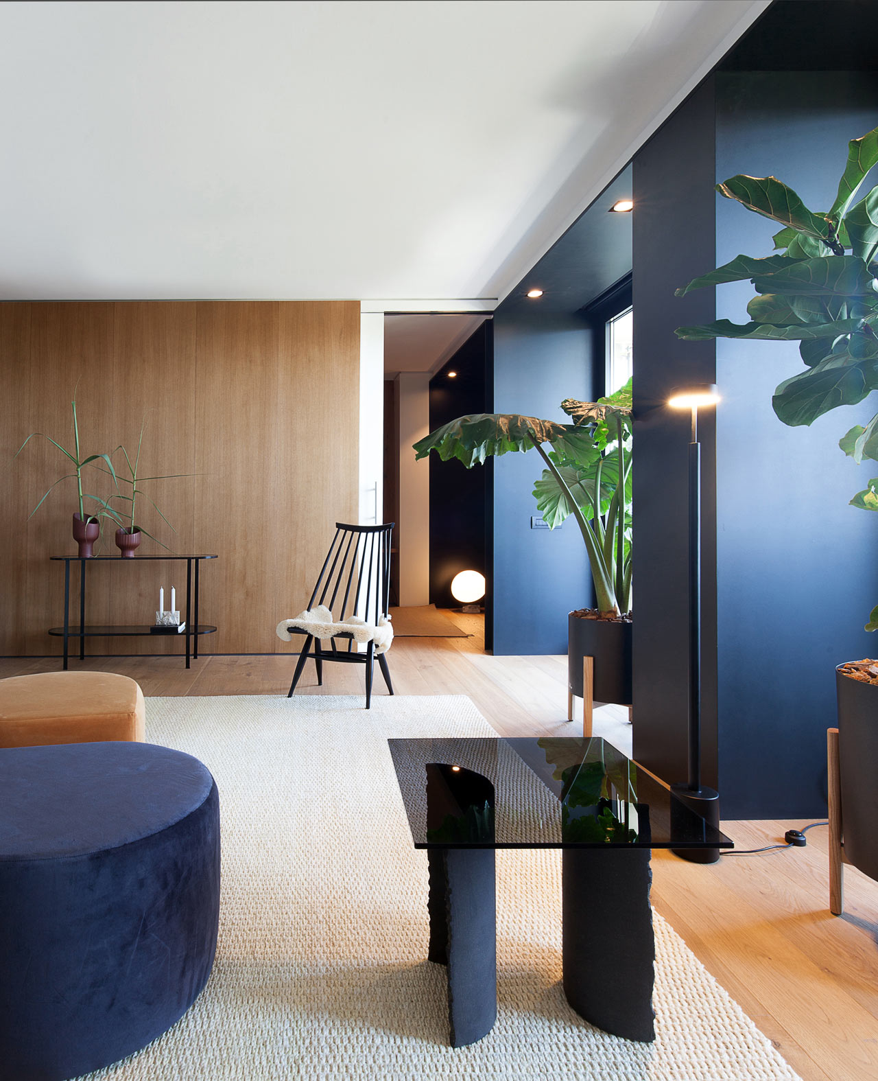 Barcelona Apartments: A Barcelona Apartment Goes From Two Bedrooms To One