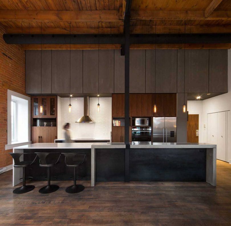 Atelier BOOM-TOWN Reimagines an Industrial Loft in Montréal
