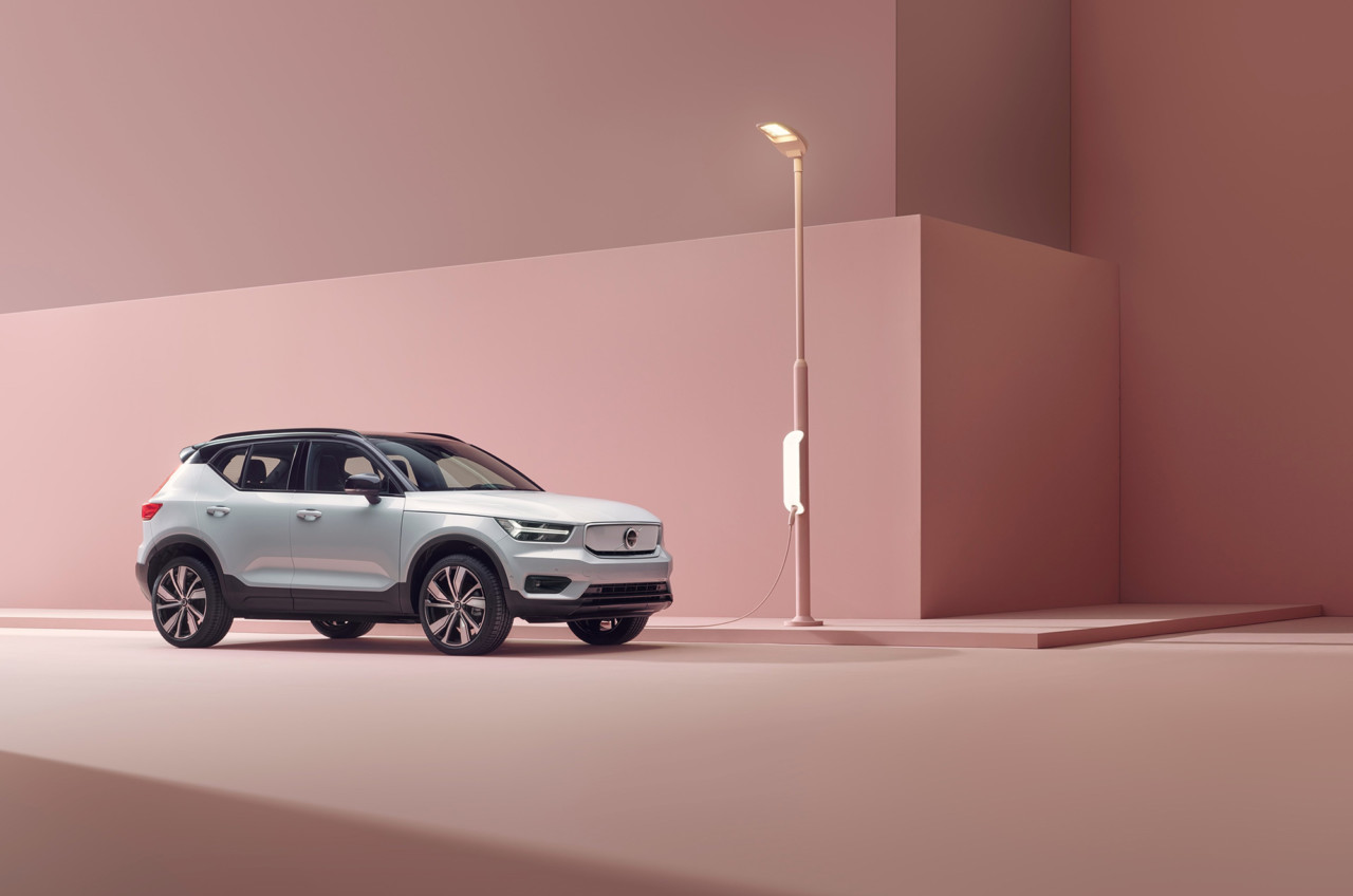 Volvo Goes Fully Electric With the XC40 Recharge