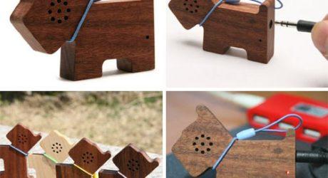 Motz Wooden Dog Speaker for MP3 Players