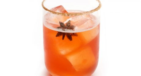 Quench Your Holiday Thirst With This Fresh Cranberry Margarita Recipe