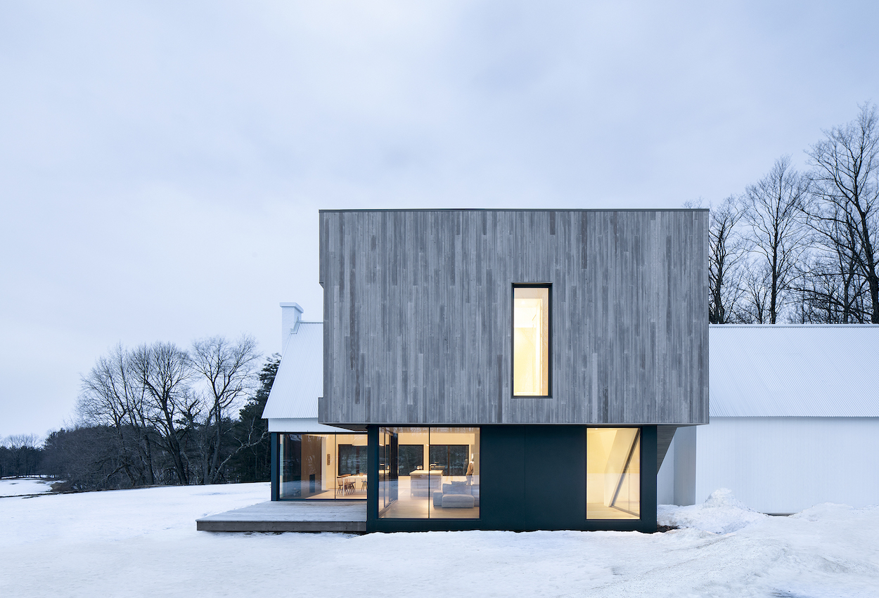 The Minimalist Knowlton Residence in Quebec by TBA