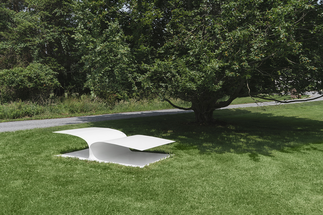 The Bird Bed and Bird Chair Take Flight