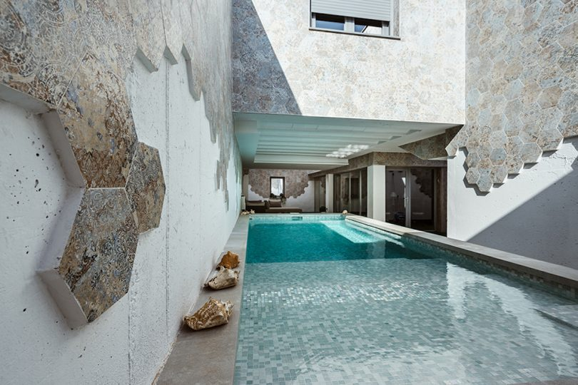 A Light-Filled House in Toledo, Spain Where Patios Have Nobility