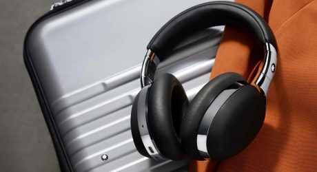 Montblanc Unveils Luxuriously Lightweight MB 01 Wireless Headphones