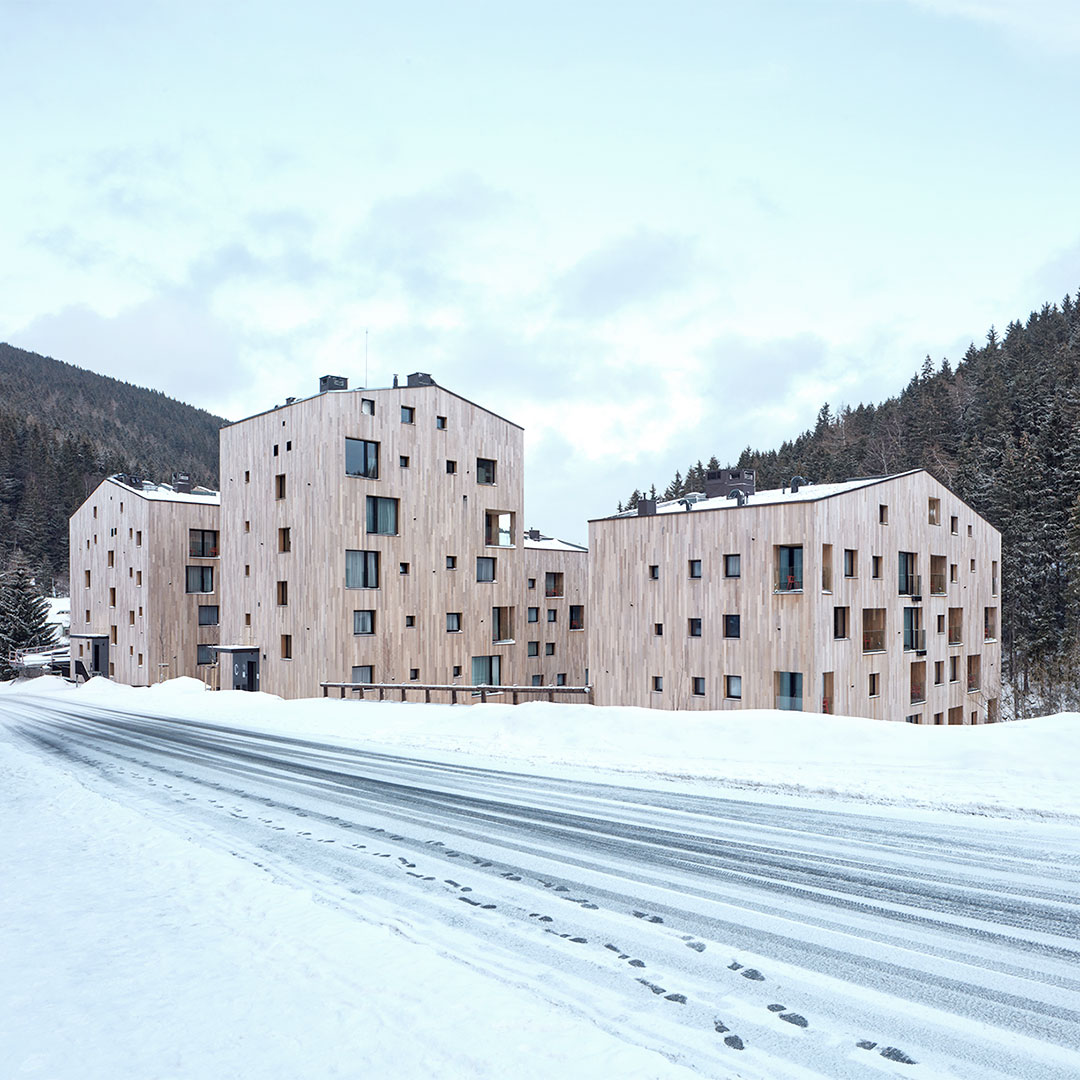Aparthotel Svatý Vavrinec Replaces 80s Supermarket in Czech Ski Resort