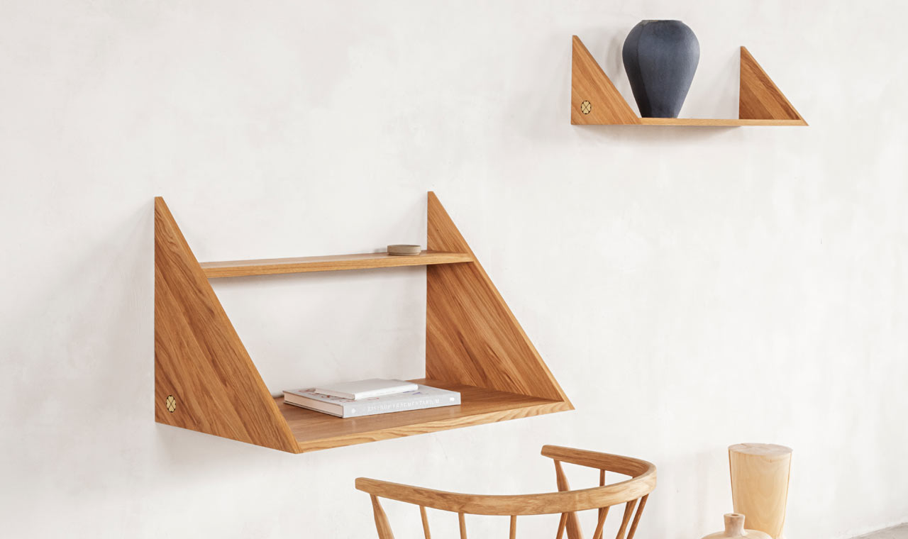 XLIBRIS: A Multifunctional Desk and Shelf That Take After Origami