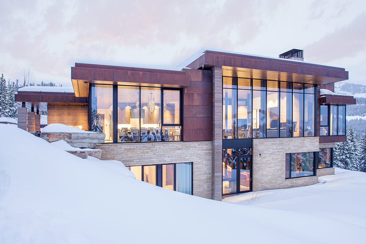 Yellowstone Residence: A Modern Escape Nestled in the Rocky Mountains