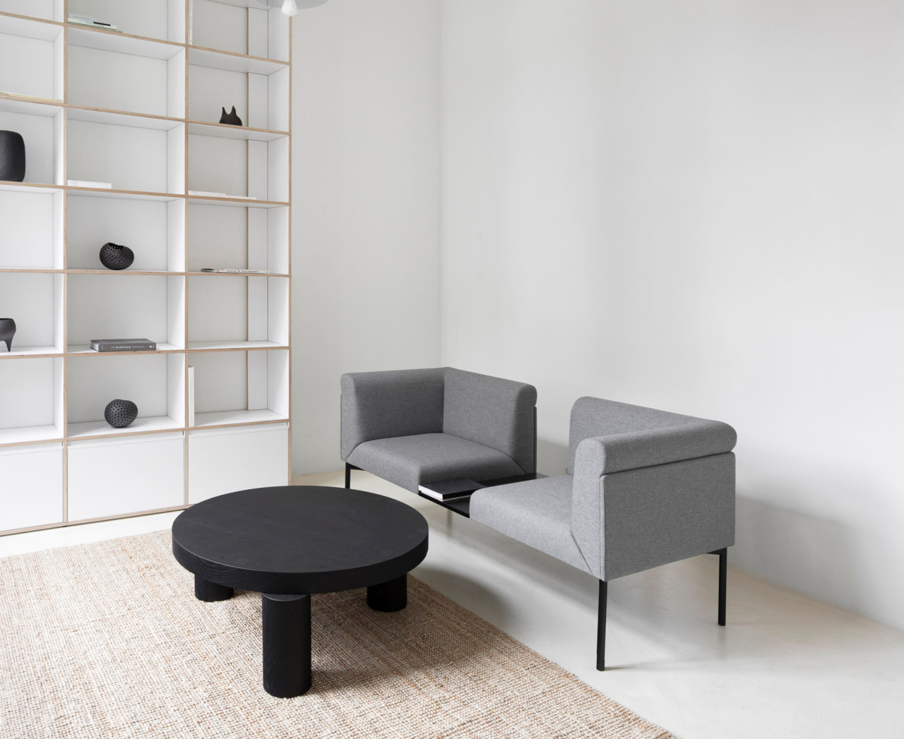 A-Place K907 Is a Minimal Apartment in Warsaw by Thisispaper Studio