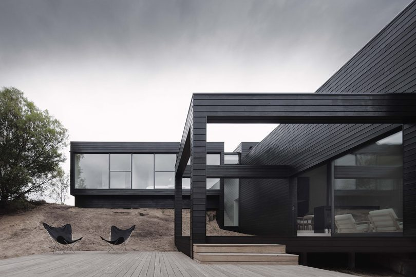 studiofour's Latest Design Utilizes a Dramatic Slope to Enhance Privacy