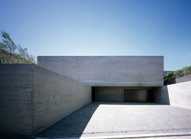 ORTHO Is a Minimalist Concrete Home in the Kanto Region of Japan