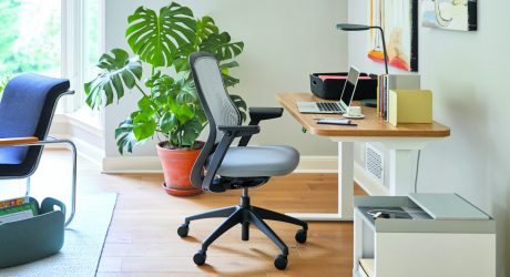 Knoll Hipso Height-Adjustable Desk Rises to the Occasion