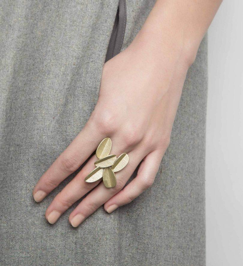 maison 203 Metallic Leaves Ring