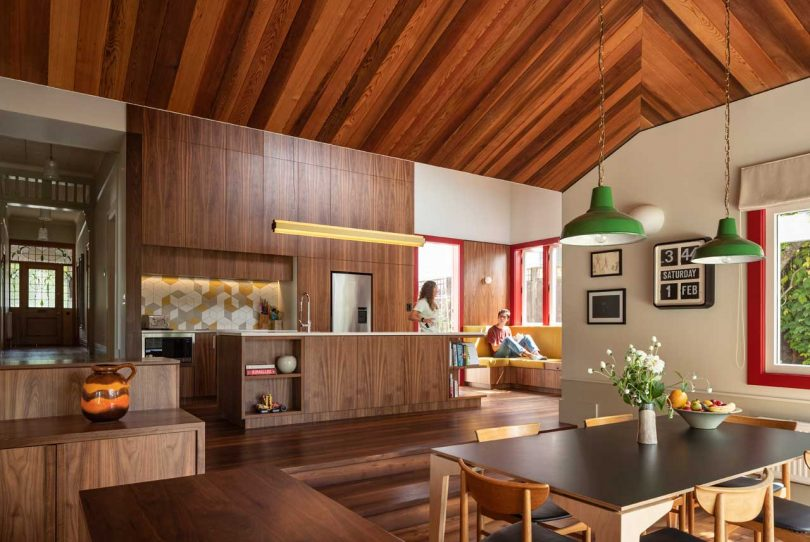 Auckland's Split House Boasts Cedar Ceilings and a Wooden Screen