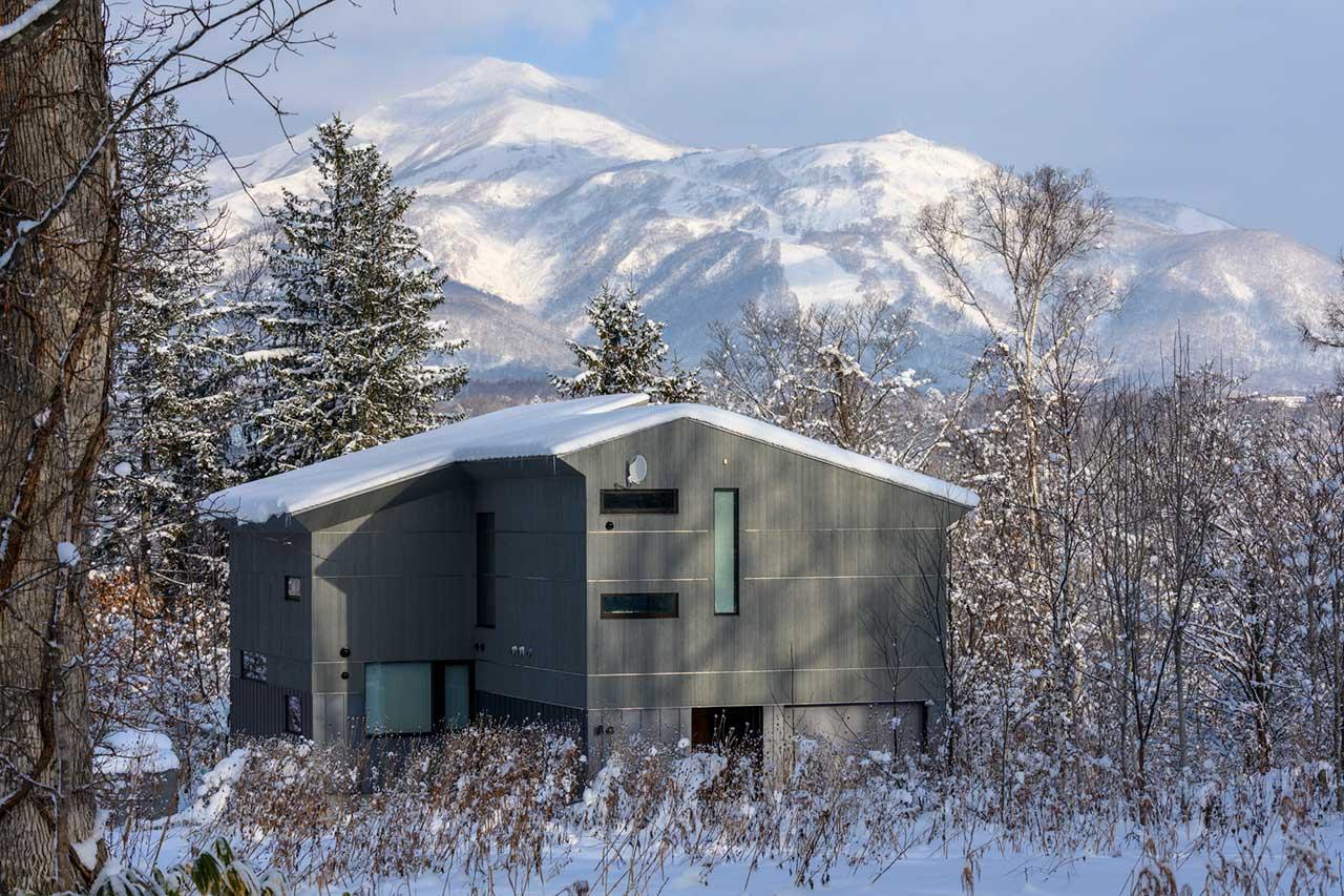 A Modern Farmhouse Retreat with Views of Mount Yotei