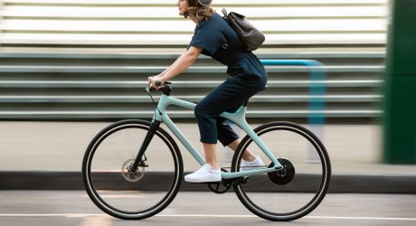 Gogoro Eeyo 1 Ultralight eBike Speeds up Your Commute