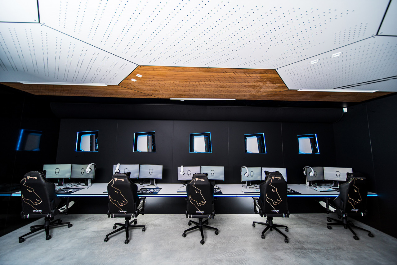 The Gaming Aesthetic Comes To Life Within the Alienware Training Facility