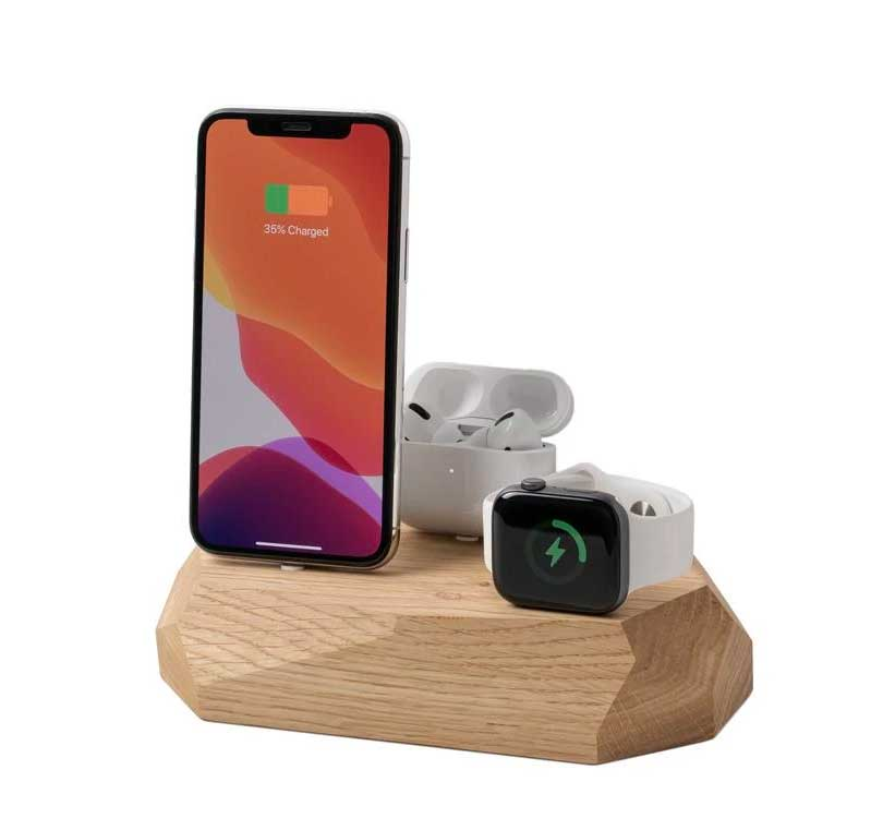 Image of Oakywood WFH Desk Tech 8 iPhone Watch Airpods Dock