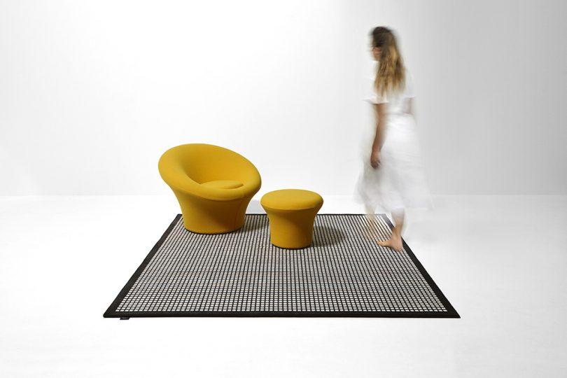 square rug in room
