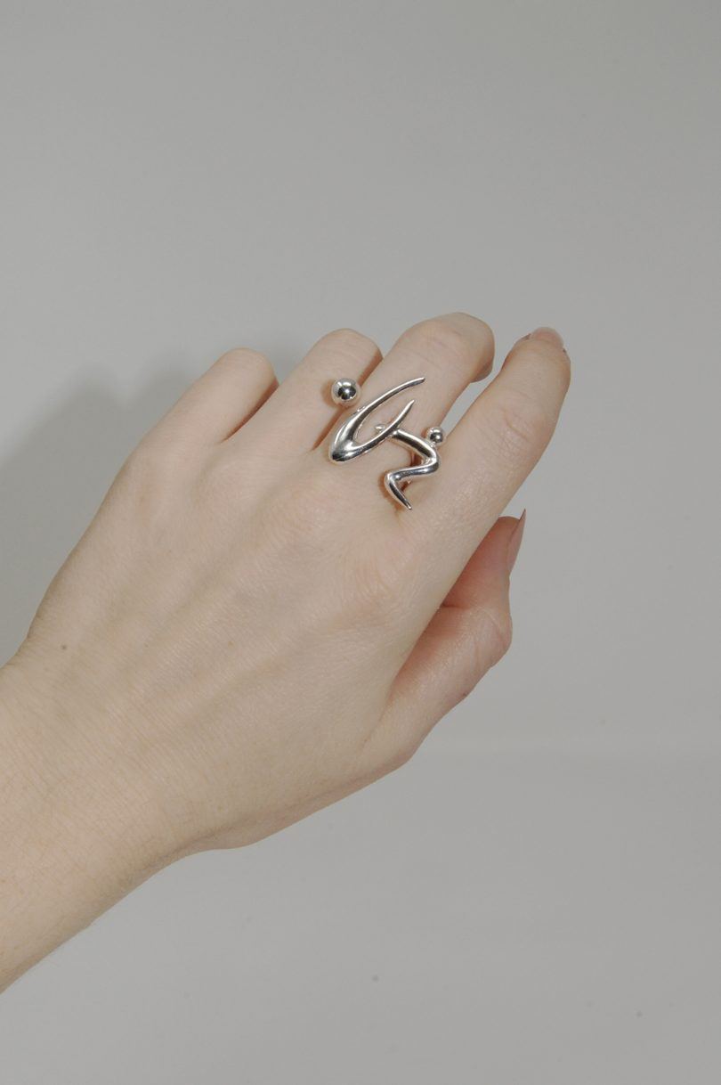 hand with one ring