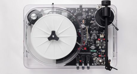 The Gearbox Automatic Updates a Clearly Unique Turntable