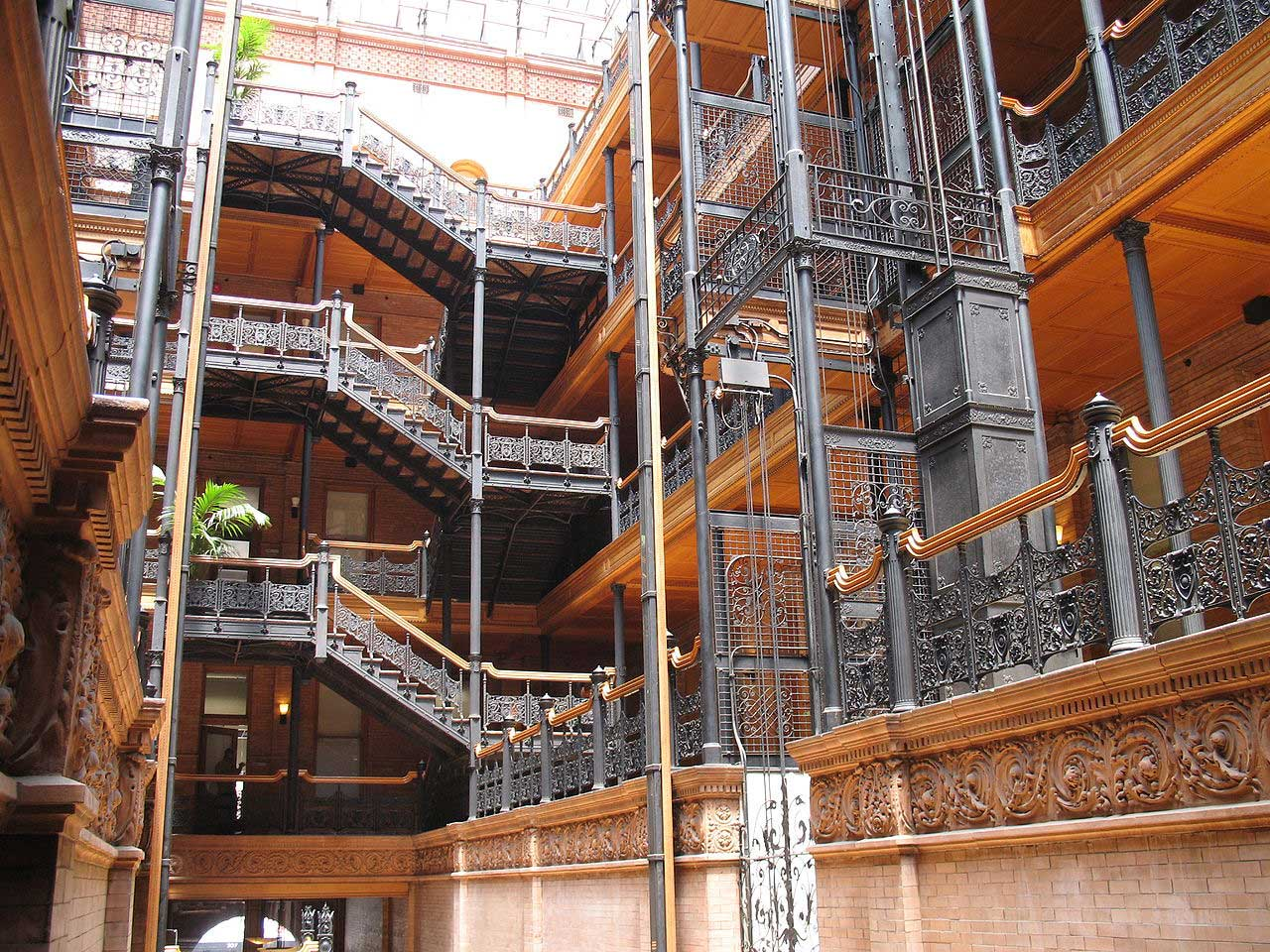 Clever Confidential Ep. 2: The Supernatural Beginnings of The Bradbury Building