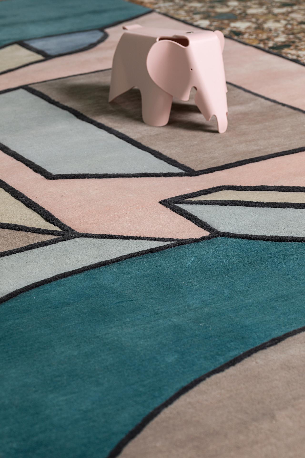 geometric rug detail