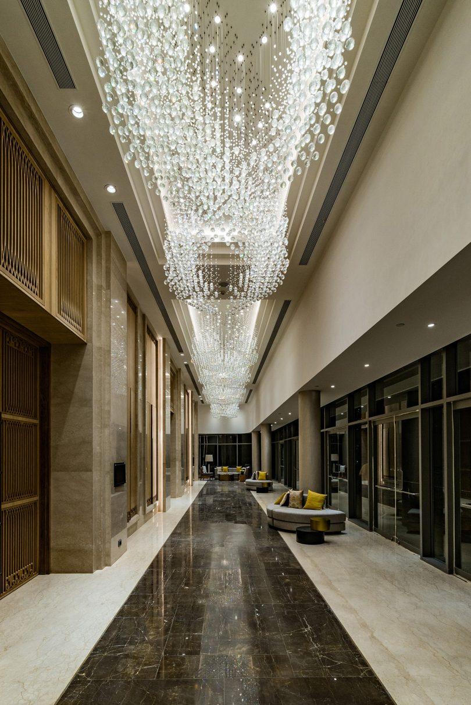 helix lighting in hallway