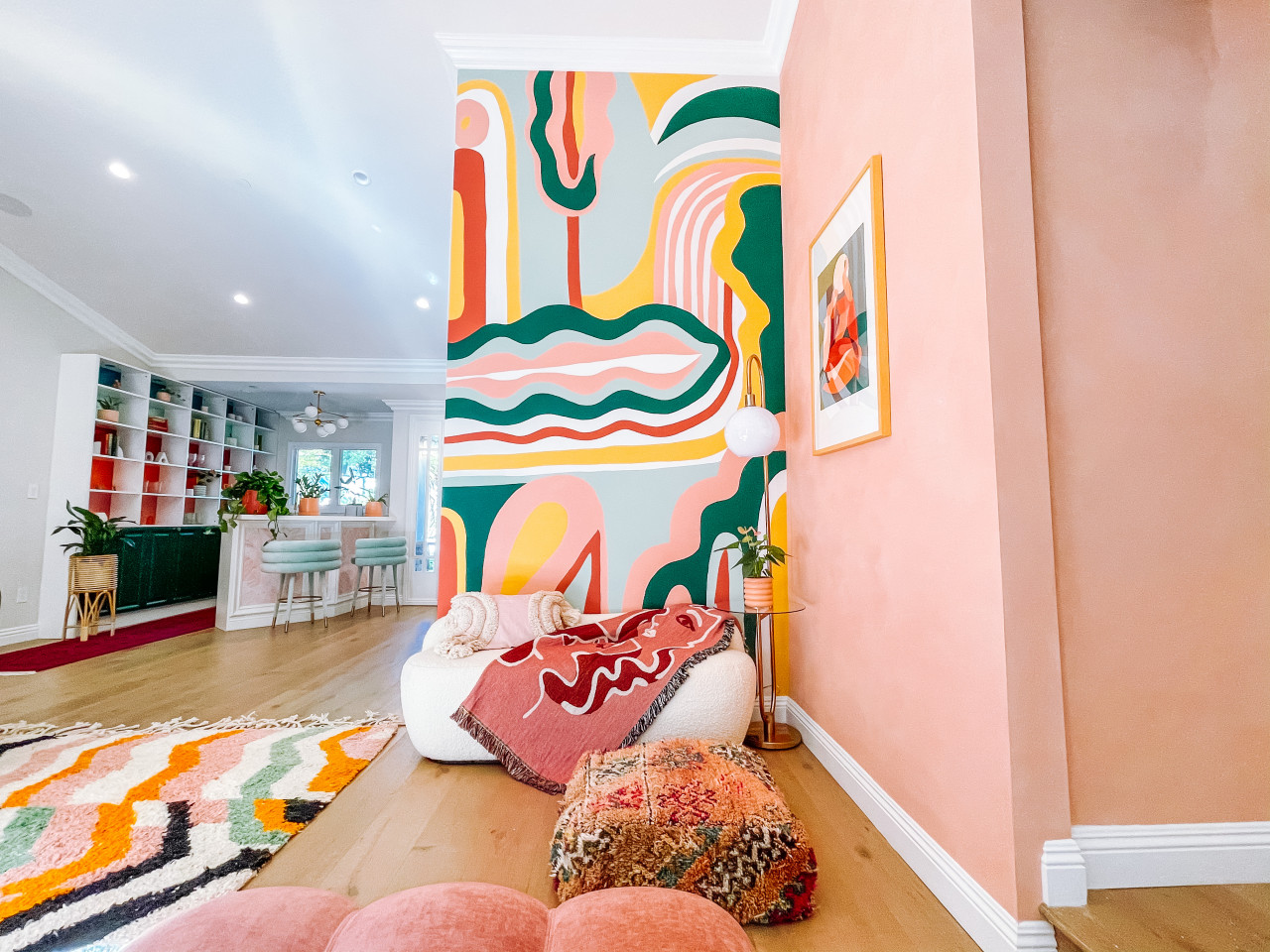 A Vibrant Residing Room Redesign Stands Out With Customized Lime Wash Paint