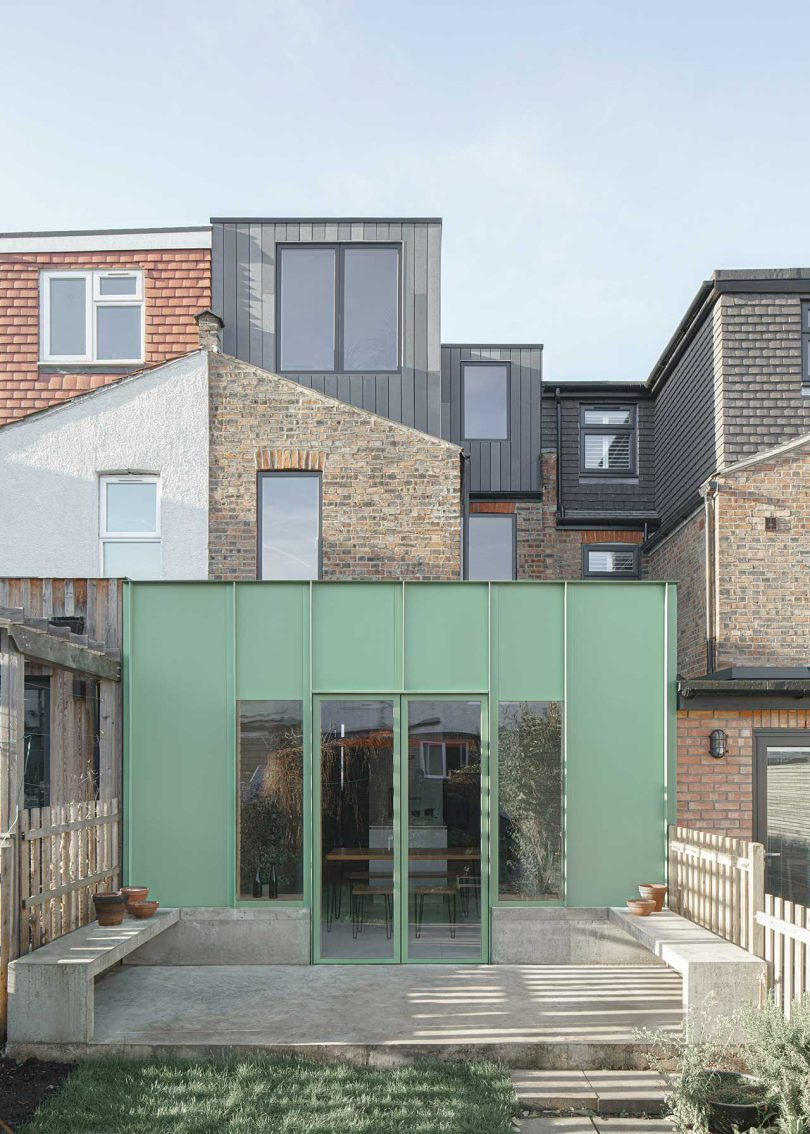 DEDRAFT Adds a Green Extension To Renovated London Home