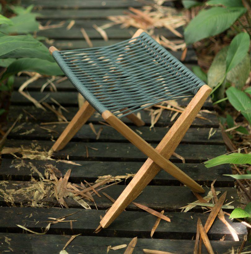 outdoor foot rest