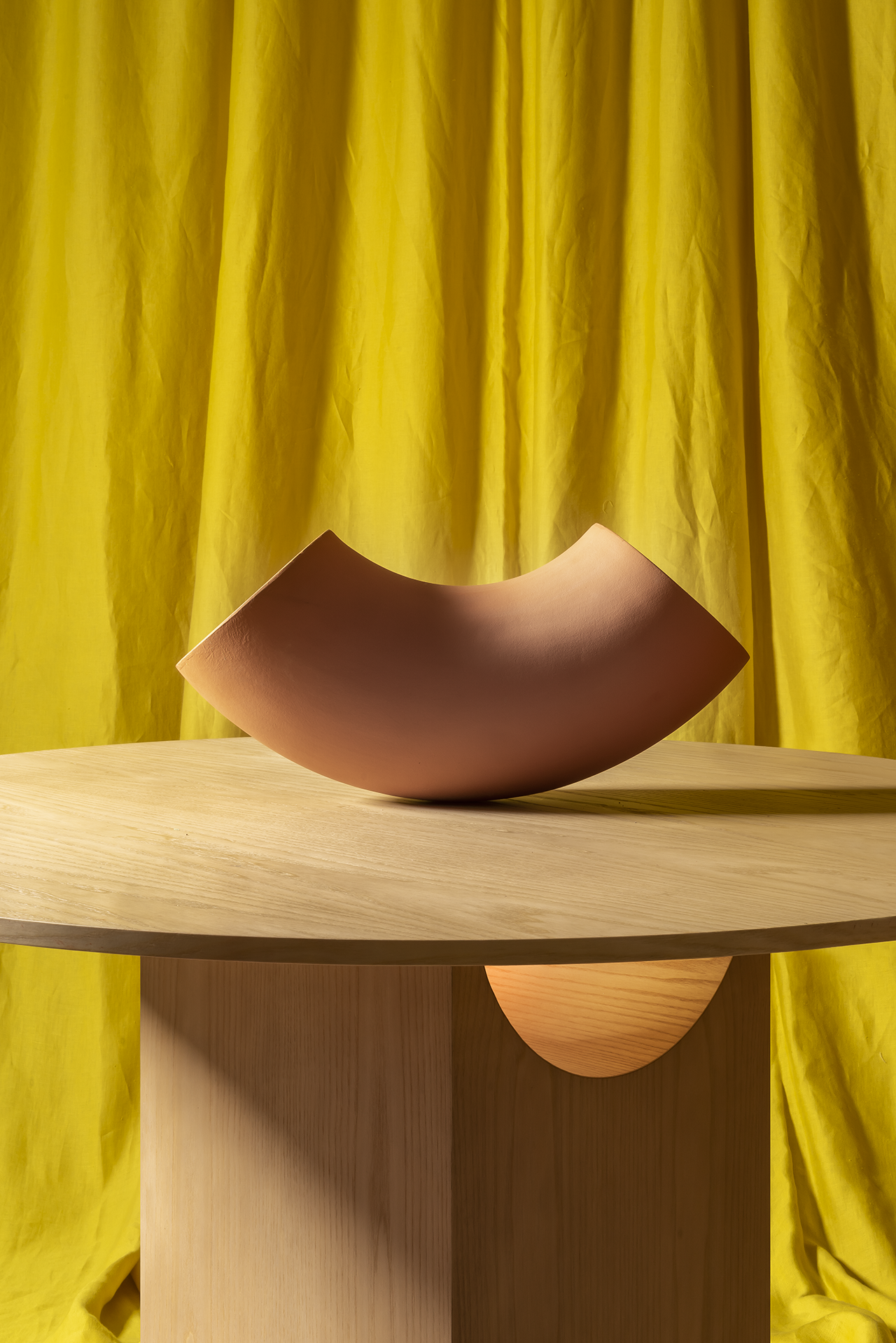 table with object