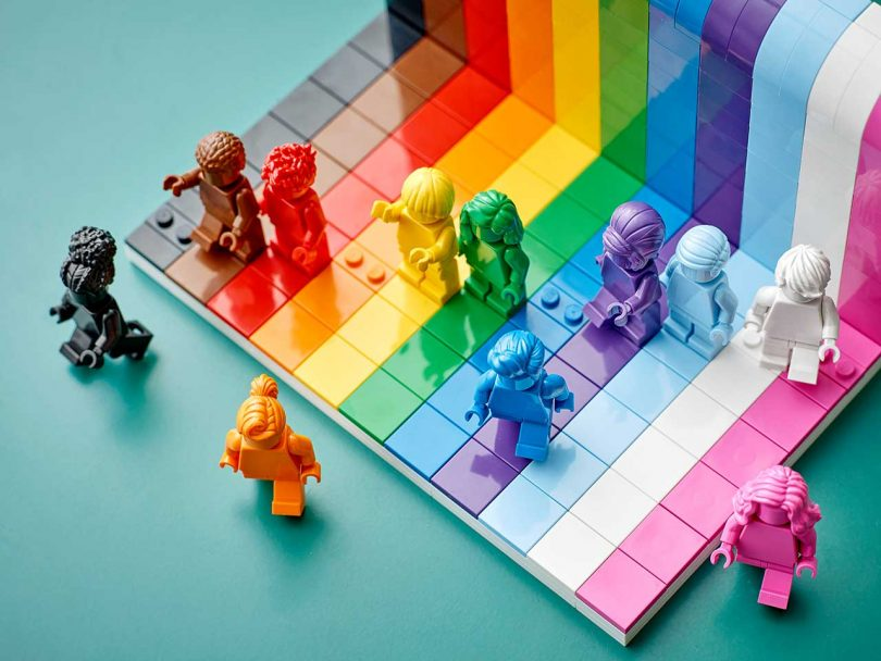 LEGO Everyone is Awesome Set