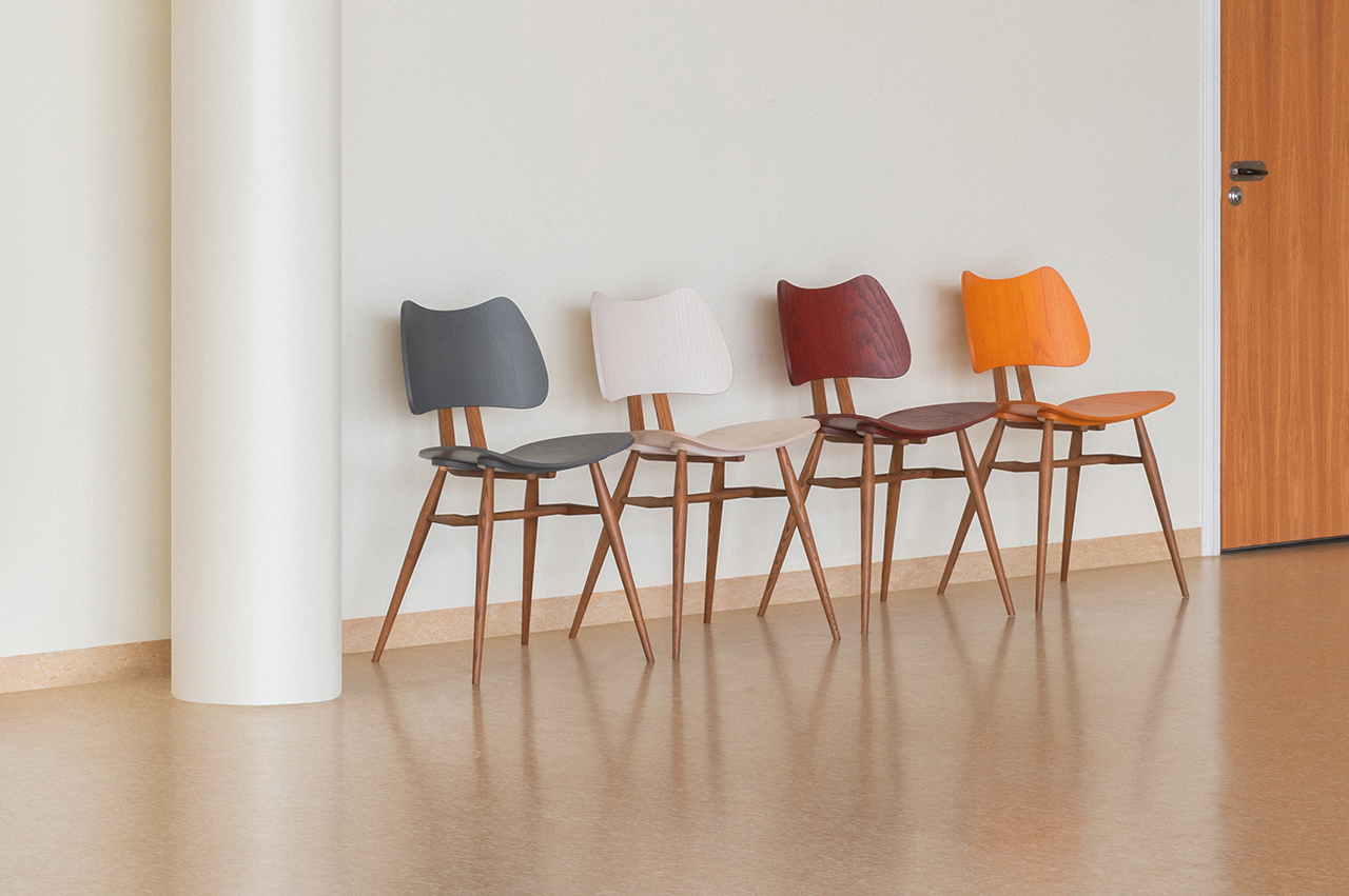 fours chairs against a wall