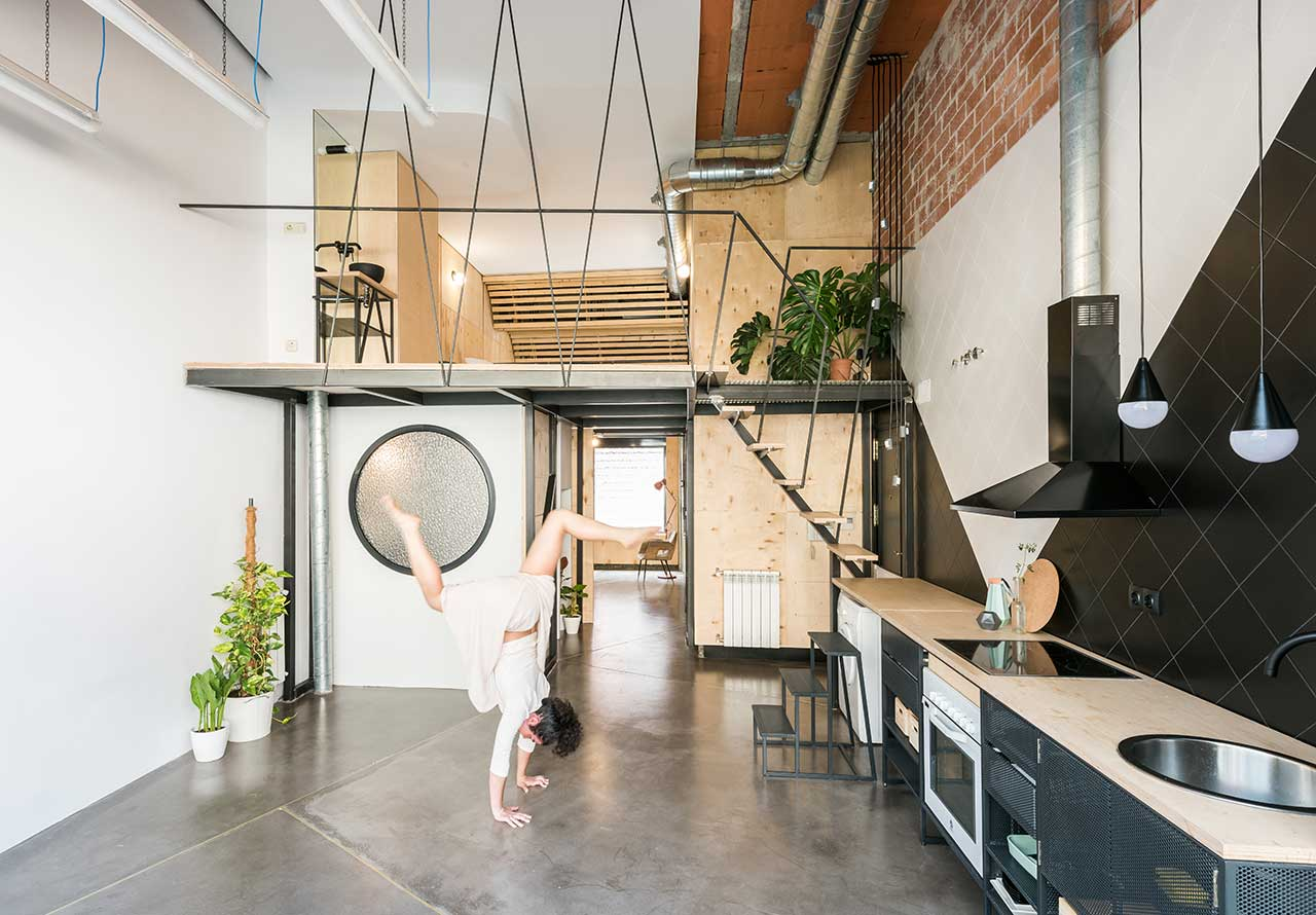 A Madrid Condominium Cleverly Provides House + Operate