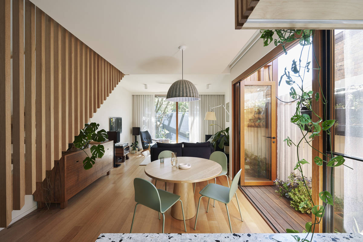 The Brunswick Inexperienced Home in Australia Will get a Sustainably Environment friendly Replace