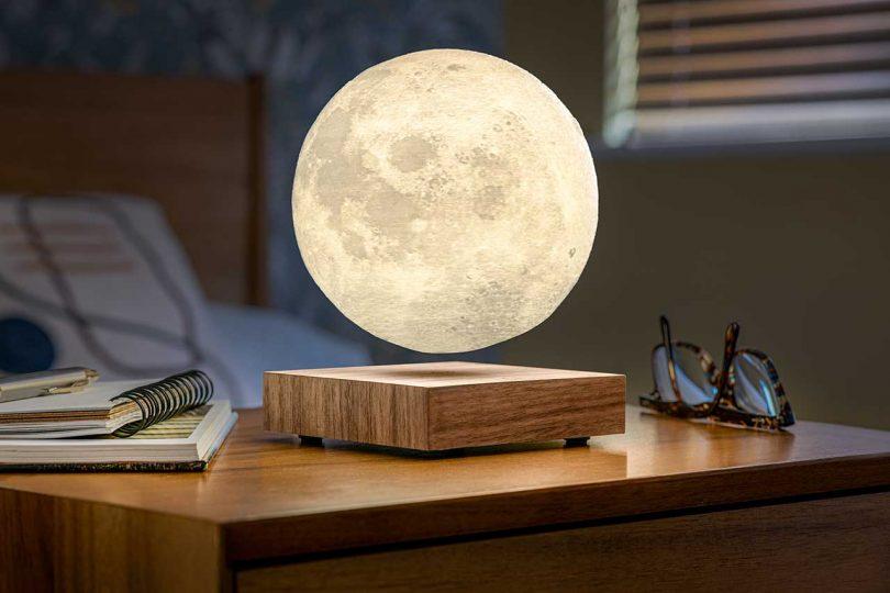 hovering moon light