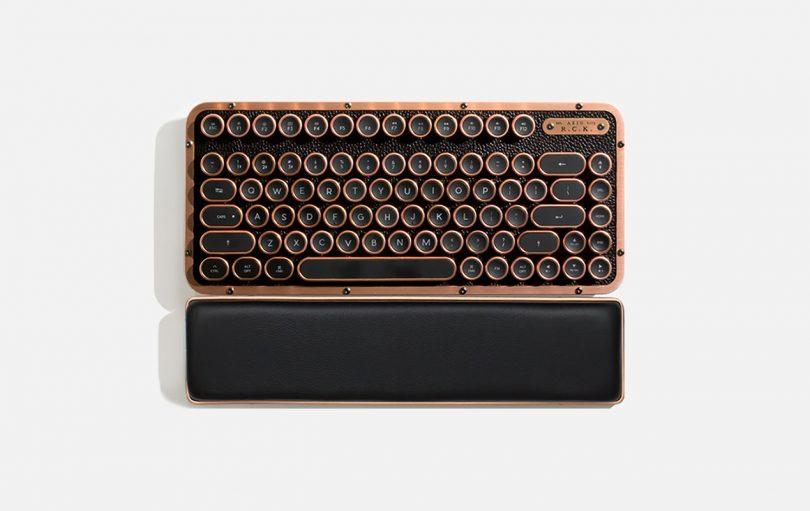 AZIO keyboard RCK ARTISAN 01