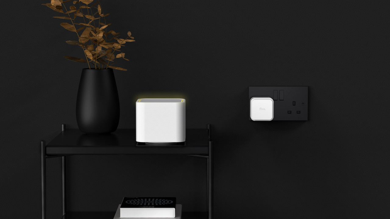 FIVE Meshes Together a Domesticated Home Wi-Fi Router