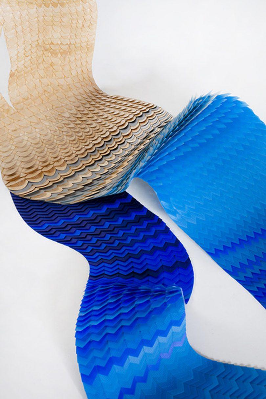 material modular marrom claro e azul em cascata