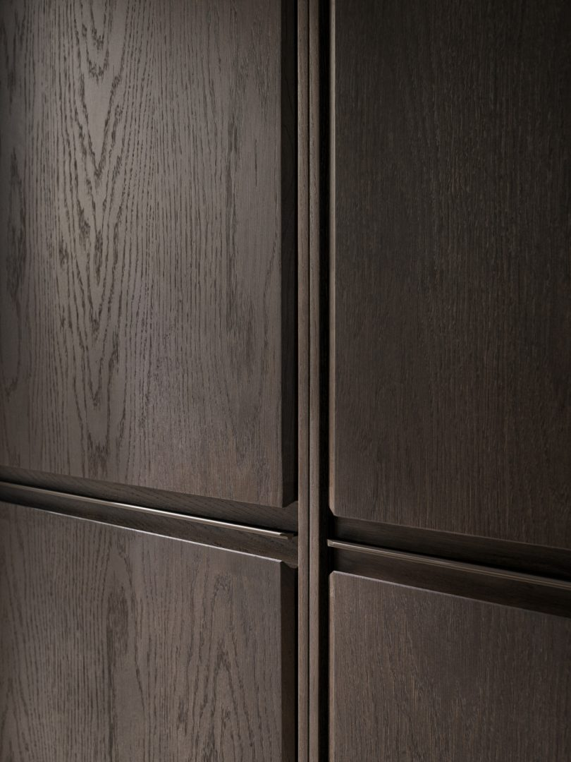 Vipp V2 cabinet detail