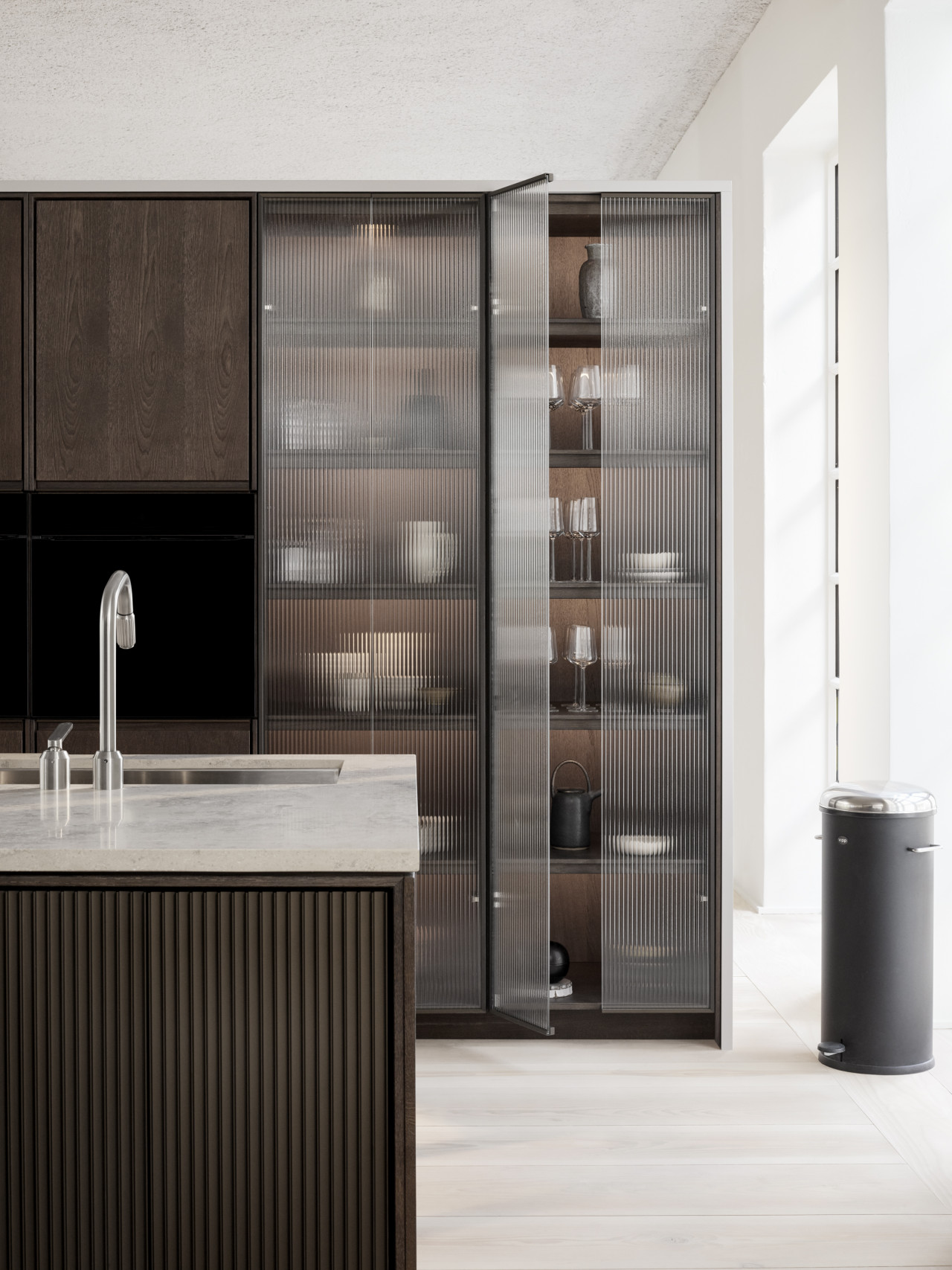 Vipp V2 reeded glass cabinetry
