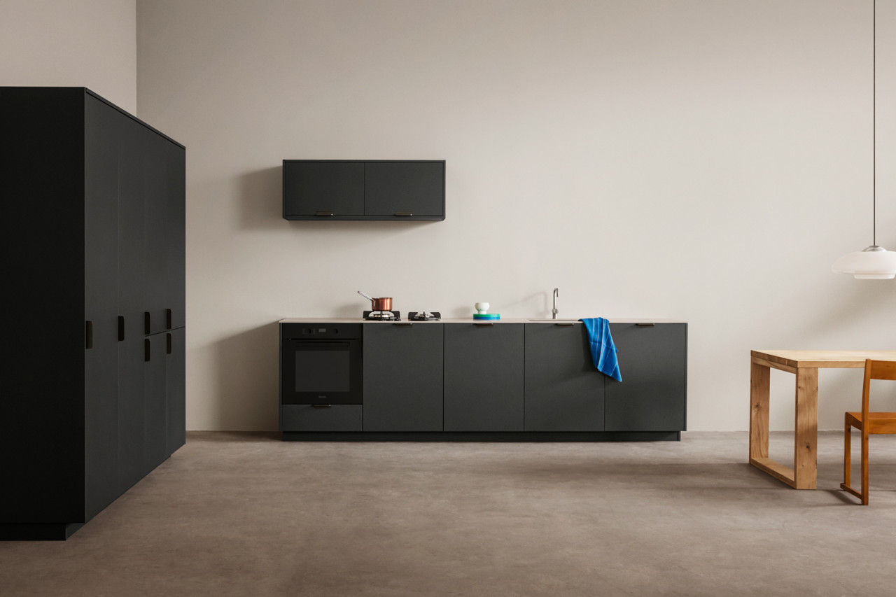 Reform's UNIT Kitchen Design by Aspekt Office Comes With a Home Office Feel