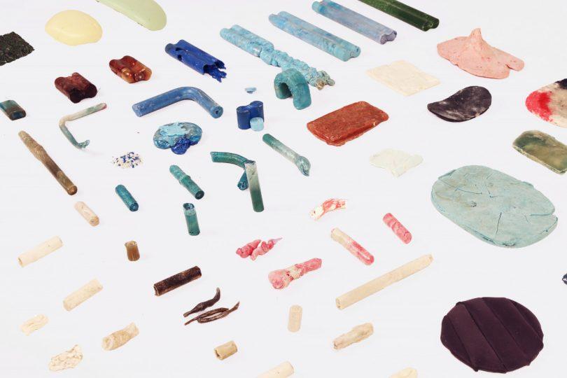 plástico do oceano