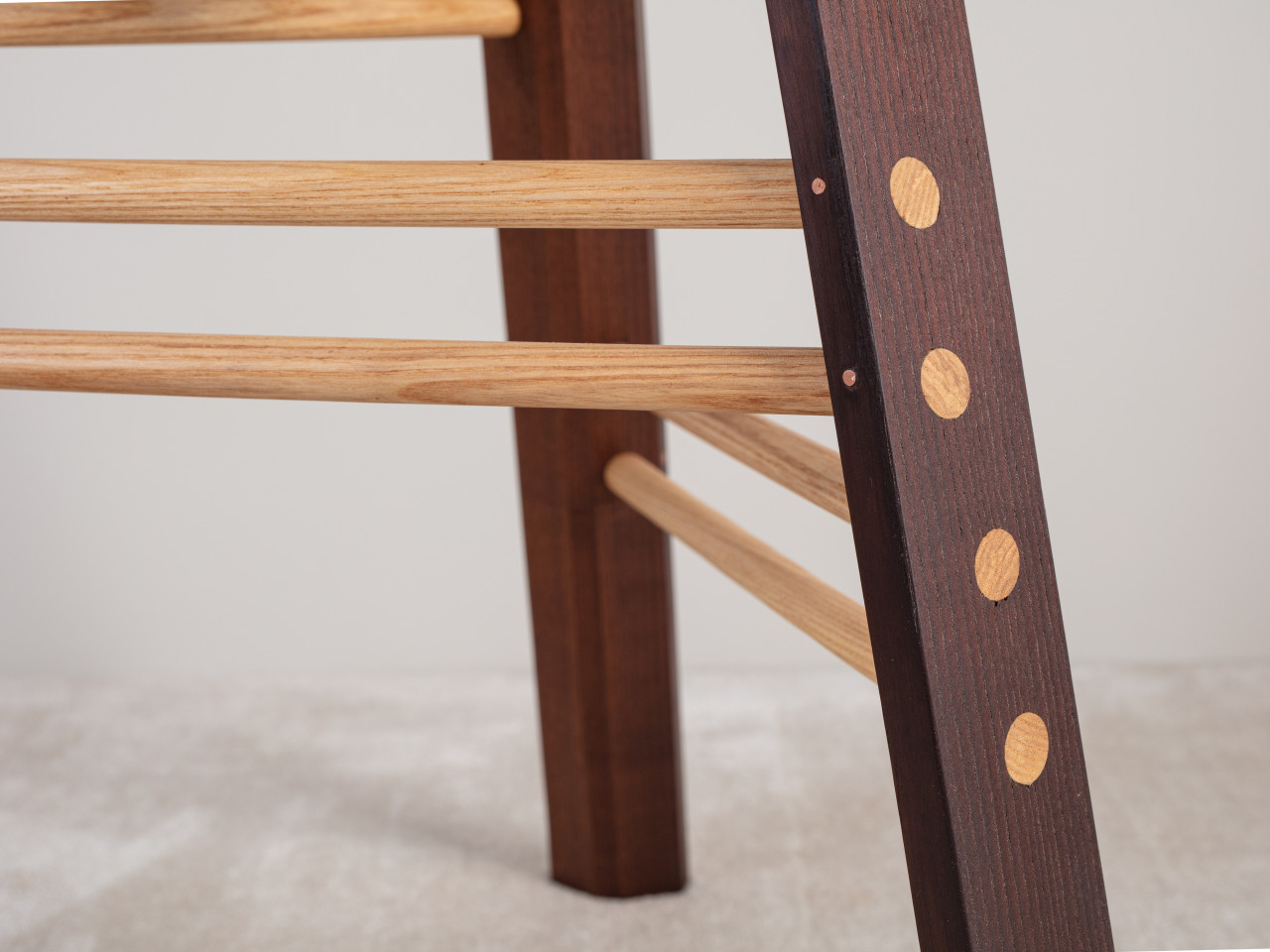 stool chairs detail