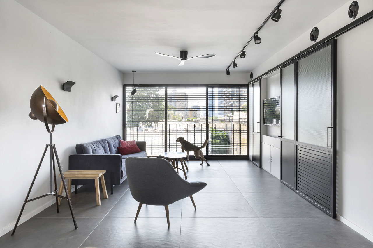 living room with hideaway TV