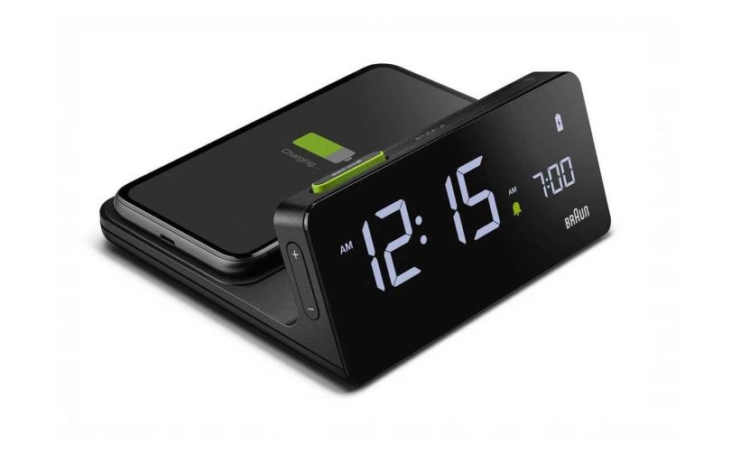 braun digital alarm clock with charging dock