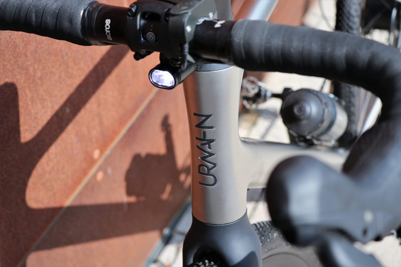 Front bicycle stem and light