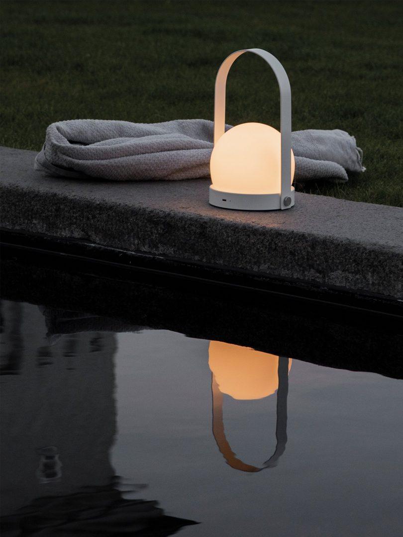 led lamp outdoors